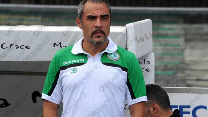 Serie B Avellino, esonerato l'allenatore Toscano