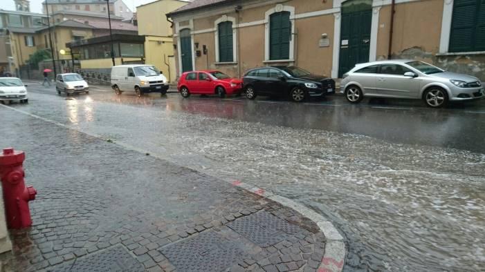 Maltempo: Campania, avviso di criticità idrogeologica