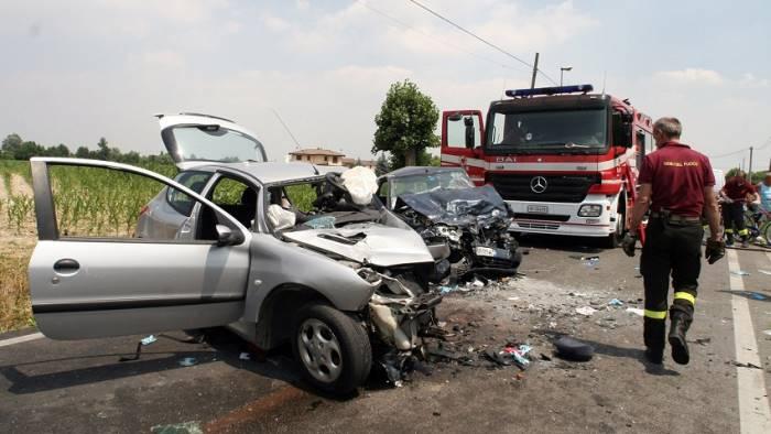 Incidenti stradali: nel 2015 sono tornate a crescere le vittime