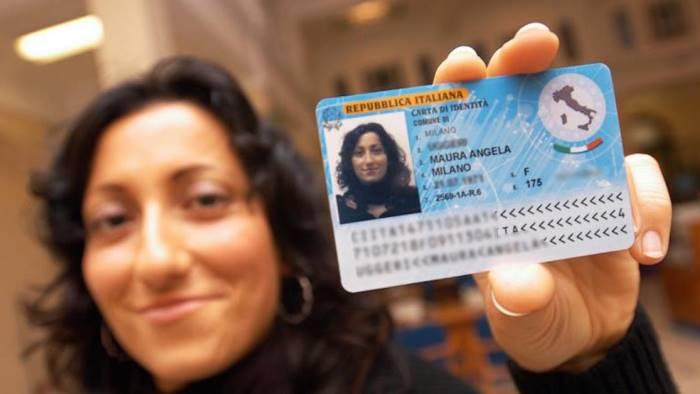 Da lunedì la carta di identità elettronica