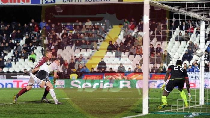 Calcio, gara al cardiopalma per il Cesena: pareggio con la Salernitana