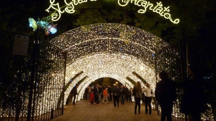 Salerno: Sindaco Napoli, Luci d'Artista al via nel segno del lutto