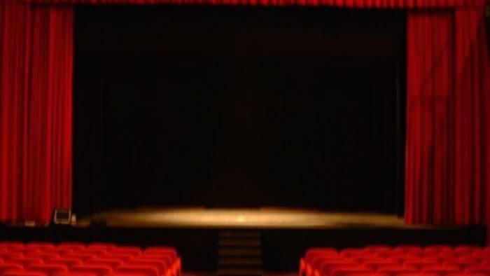 questi fantasmi al teatro delle arti