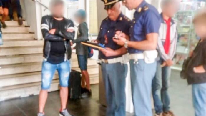 ruba negli spogliatoi dei ferrovieri arrestato 48enne