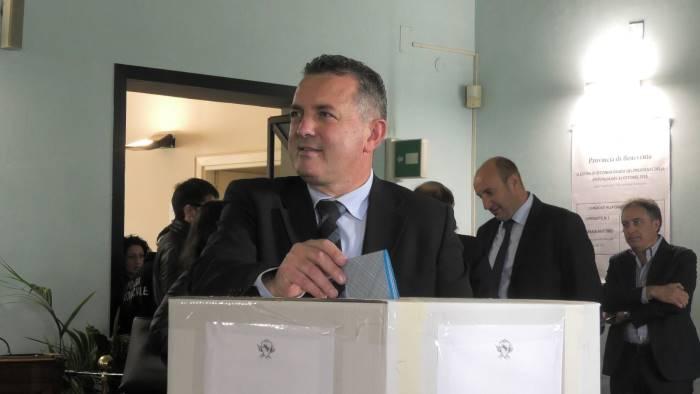 provincia il nuovo presidente di maria incontra la stampa