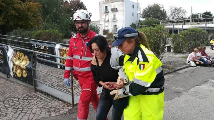simulato attentato negli scavi di ercolano 2 morti 18 feriti