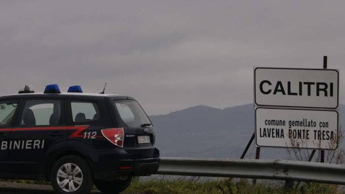 uomo sospetto in giro per calitri allontanto dai carabinieri