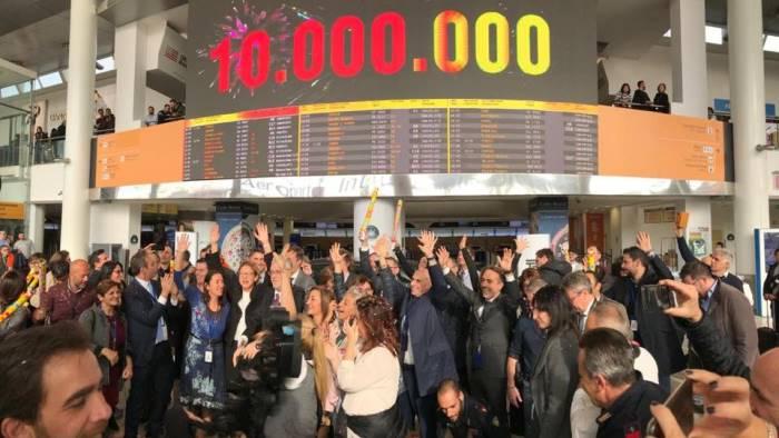 capodichino festeggia i 10 milioni di passeggeri in un anno