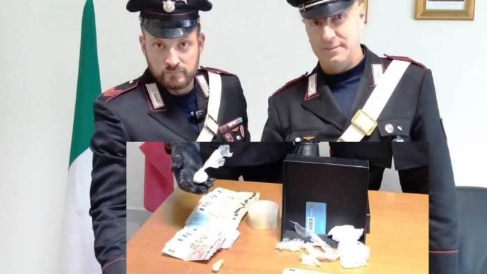 droga in auto e a casa un 38enne arrestato dai carabinieri