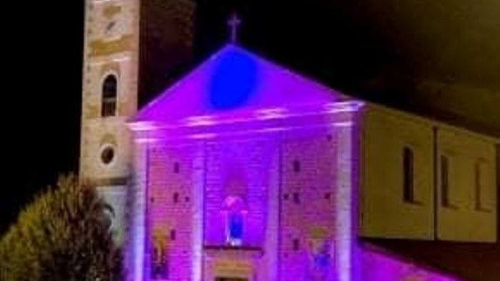 grottaminarda i monumenti si illuminano di viola
