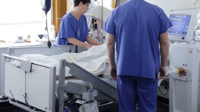 covid bando medici per la campania rinunciano due su tre