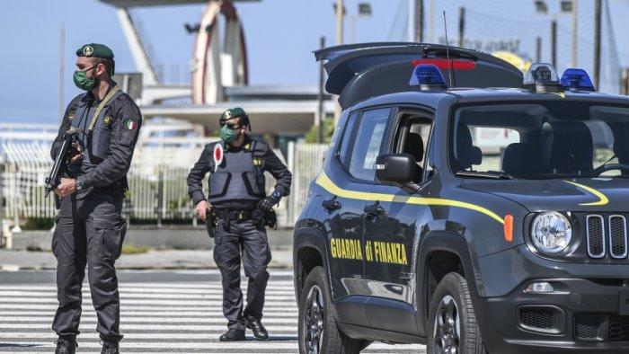 castellammare sequestri 400mila euro a imprenditore per usura