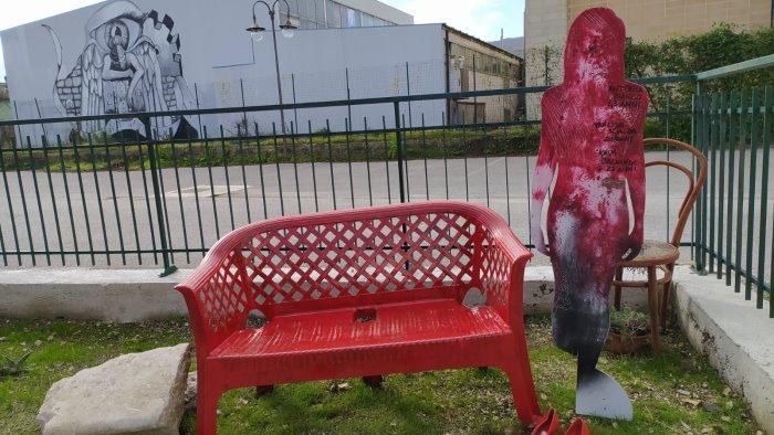 brlisdxly azxm https www ottopagine it av daicomuni 236793 una panchina rossa per dire no alla violenza sulle donne shtml