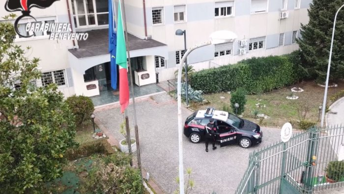 violenza di genere nel sannio 16 arresti dei carabinieri