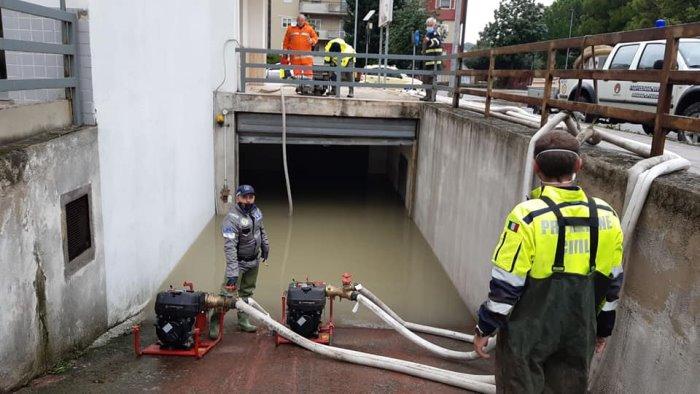 la solidarieta di ariano agli alluvionati di crotone