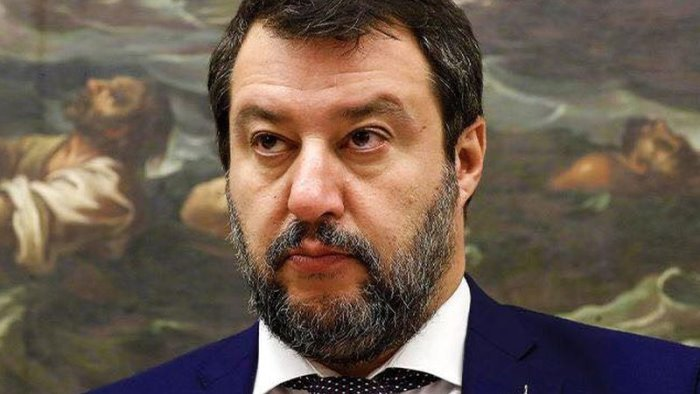 salvini annuncia ostruzionismo folle parlare di porti