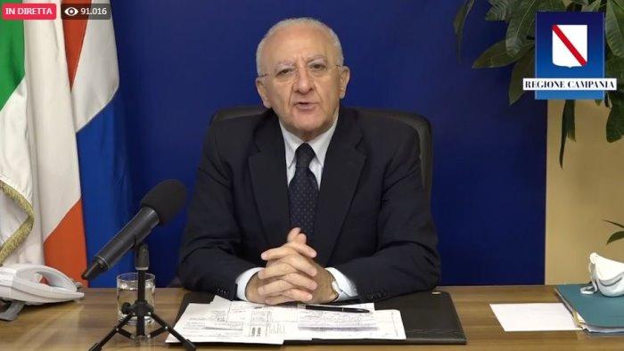 nuovo dpcm de luca attacca governo poco responsabile