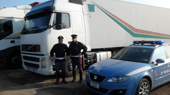 Resultado de imagen de policia italiana multa forotransportistas.es