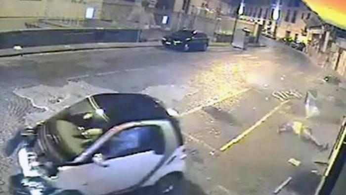 Spari in piazza: ammazzato Mauro Pistilli. È guerra di camorra