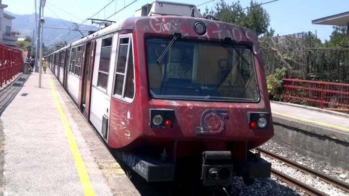 ROMA. Trasporti: maglia nera a Roma-Ostia Lido e Circumvesuviana
