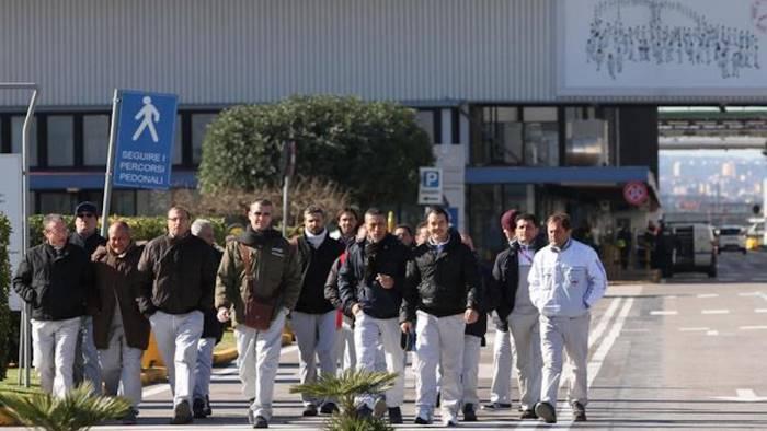 Fiat di Pomigliano, 650 operai rischiano il trasferimento allo stabilimento di Cassino