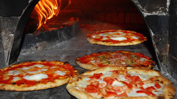 da maddaloni a norcia per offrire pizze ai terremotati