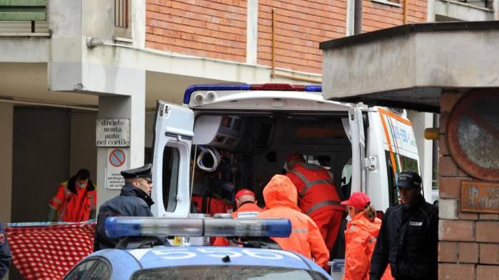 scoperta choc 21enne trovato morto nella sua stanza