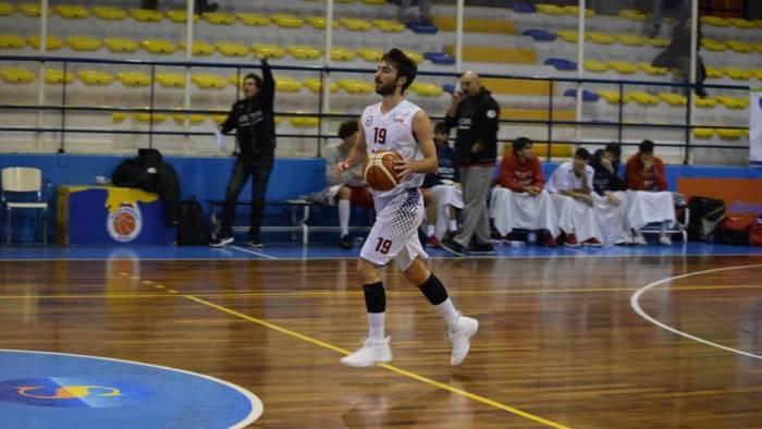 virtus arechi salerno sfida alla capolista basket barcellona