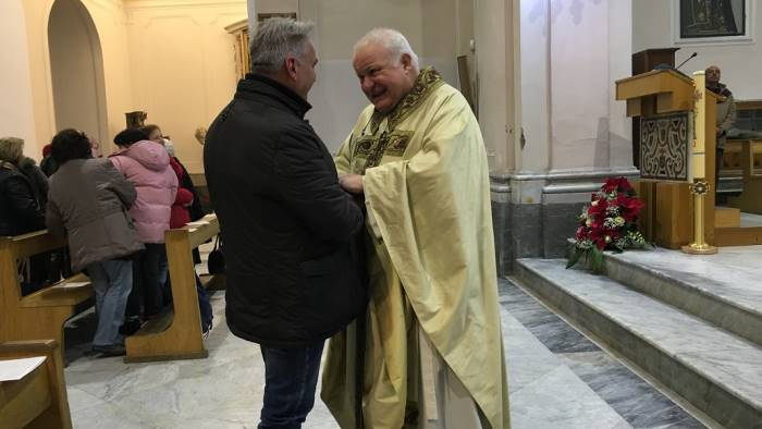 don ciccio al sindaco la caserma carabinieri resti in paese