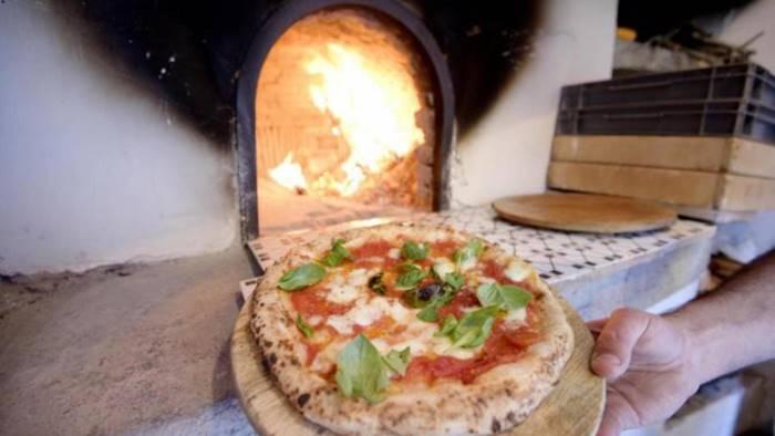 la pizza napoletana e patrimonio dell umanita