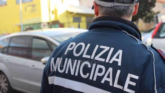 borrelli un nuovo scandalo coinvolge la polizia municipale