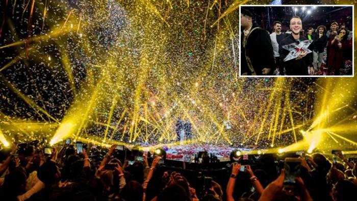 Il rap di Anastasio trionfa a X Factor: le emozioni della finale
