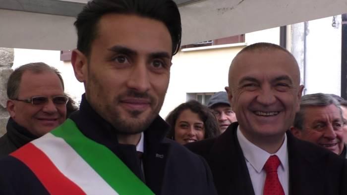il presidente della repubblica d albania ringrazia greci