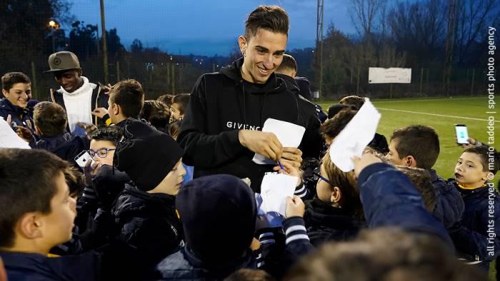 scuola calcio che festa con i calciatori del benevento