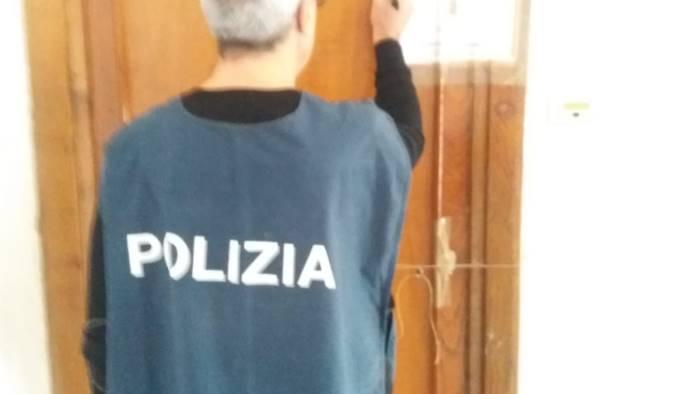 lancusi arrestato 50enne per sfruttamento della prostituzione