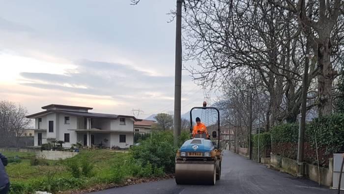 via pezza ad airola nuovo asfalto in poche ore