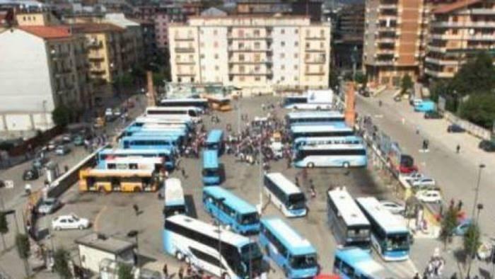 terminal dei bus e guerra con l air biancardi convoca festa