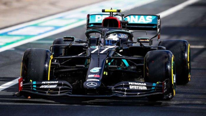 Max Verstappen vince l'ultima gara stagionale ad Abu Dhabi