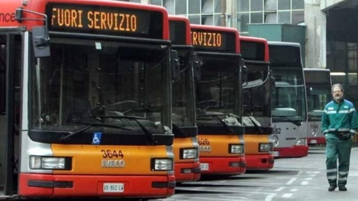 anm nonostante lo sciopero su strada il 76 dei bus
