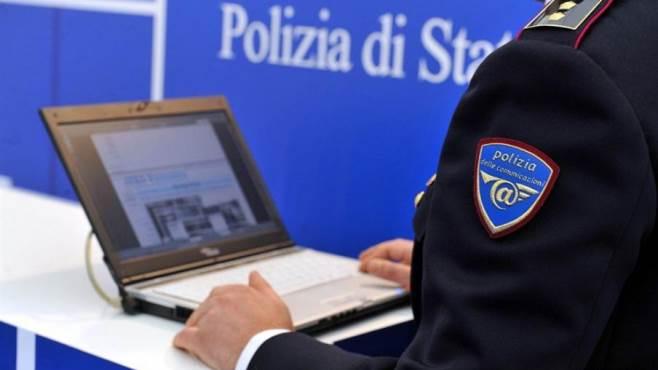 web e sicurezza la polizia postale incontra gli studenti