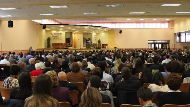 domenica incontro annuale dei testimoni di geova