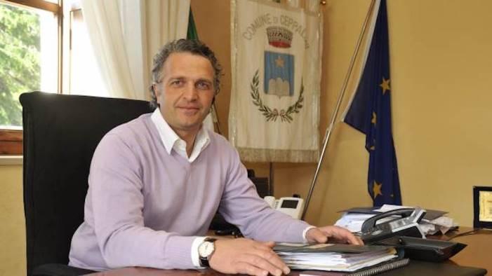 il sindaco di ceppaloni cataudo stop migranti nel mio paese