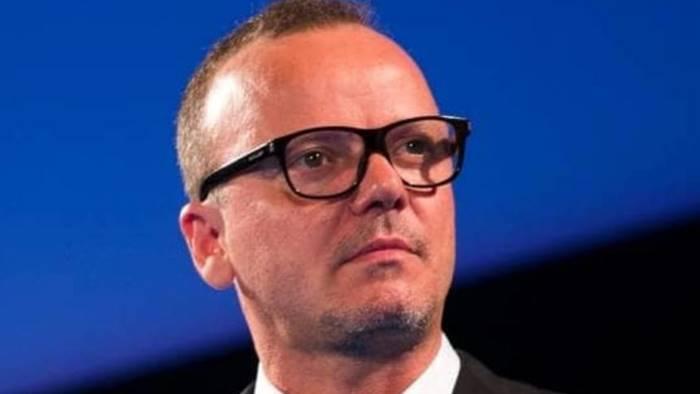 Sanremo: Carlo Conti risponde alle polemiche di Gigi D'Alessio
