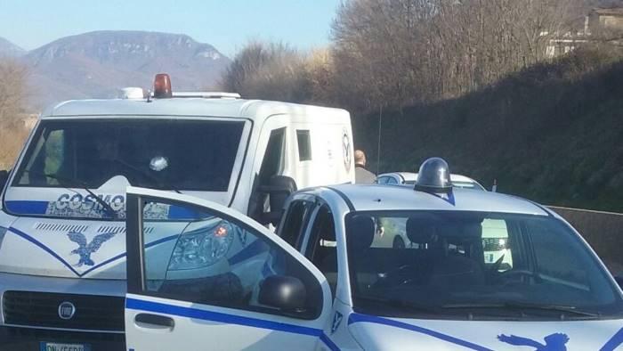 Assalto e spari ad un portavalori in autostrada