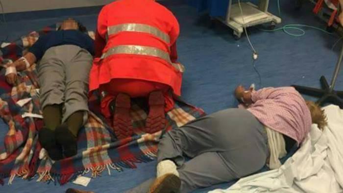 Pazienti a terra, dopo Nola è emergenza in altri due ospedali
