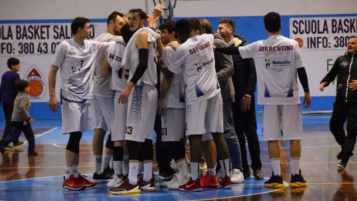 la renzullo lars salerno batte la tiber basket roma 82 65