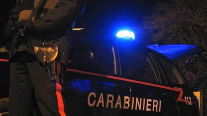 furti e spaccio di droga blitz e arresti in valle telesina