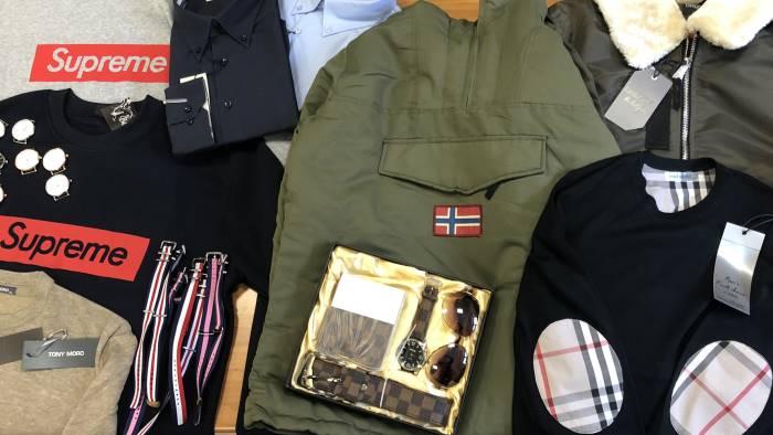 RIMINI. Contraffazione di marchi della moda, 350 perquisizioni Gdf