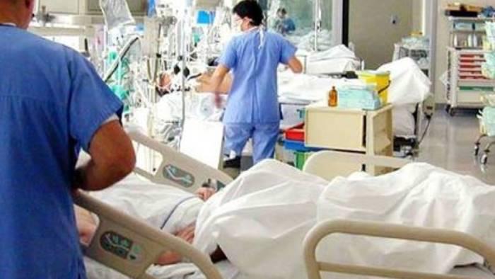 Paura meningite: diagnosticata ad un ragazzo di 16 anni