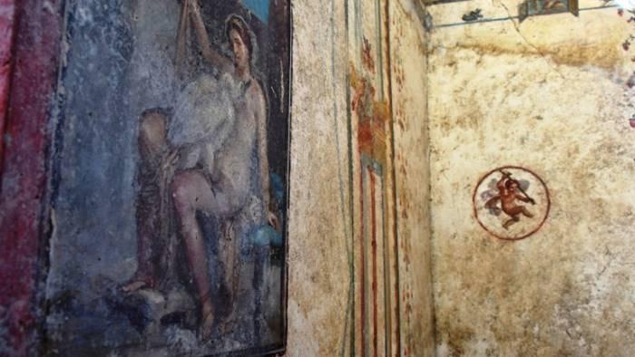 pompei nuove scoperte amore e sensualita negli affreschi